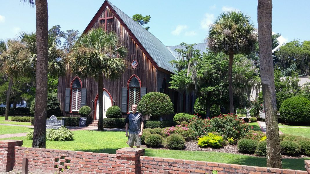 Bluffton church of cross